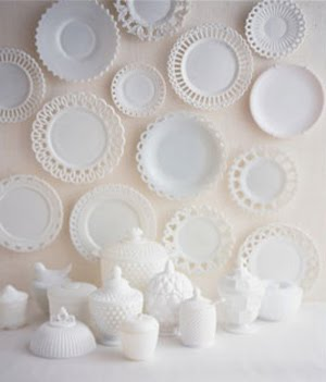 decorating-with-milk-glass