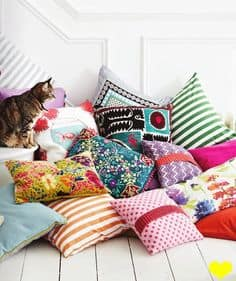picking-the-perfect-throw-pillows