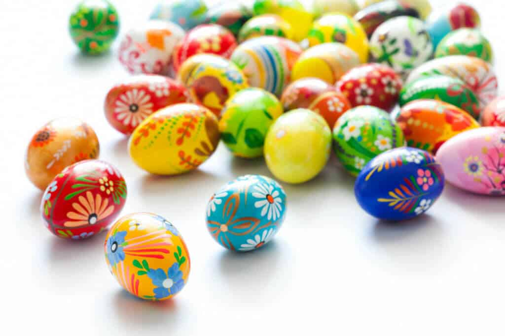 egg-dying-food-coloring-and-beyond